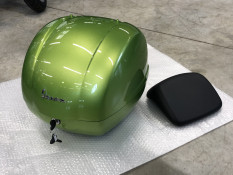 TOP CASE NEUF VESPA GTS